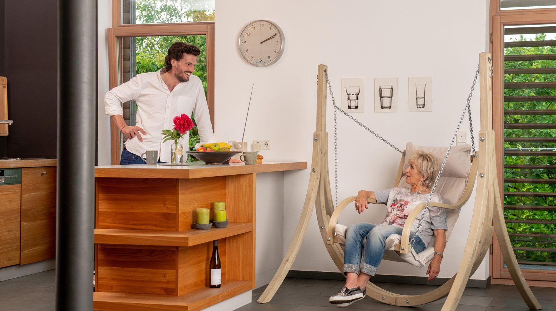 Amazonas Hängesessel Fat Chair in einer Küche